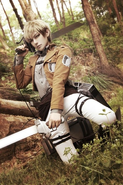 Cosplay the Best Attack on Titan Hero