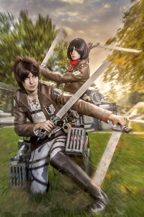 eren_and_mikasa_cosplay