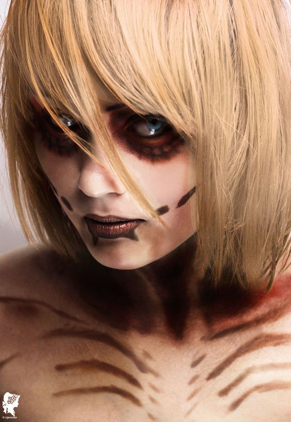 Great Cosplay Photos from 'Attack on Titan""