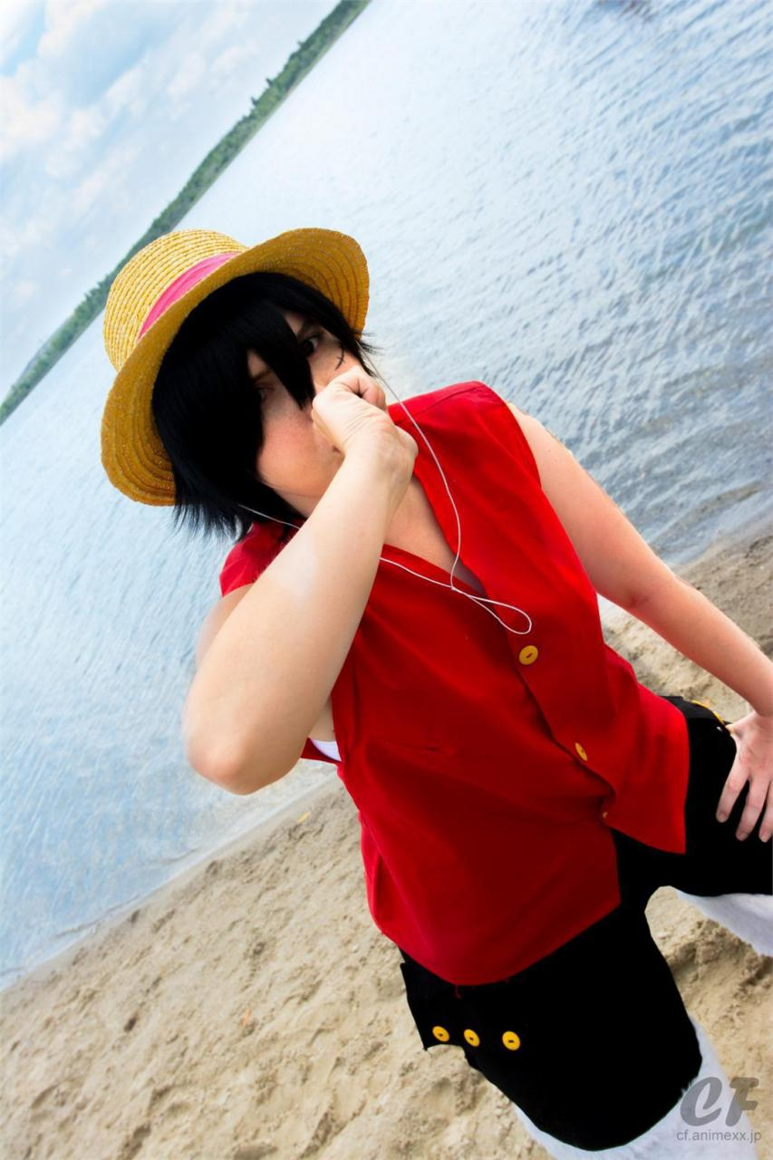 Pretty Nice Luffy Cosplay from One Piece