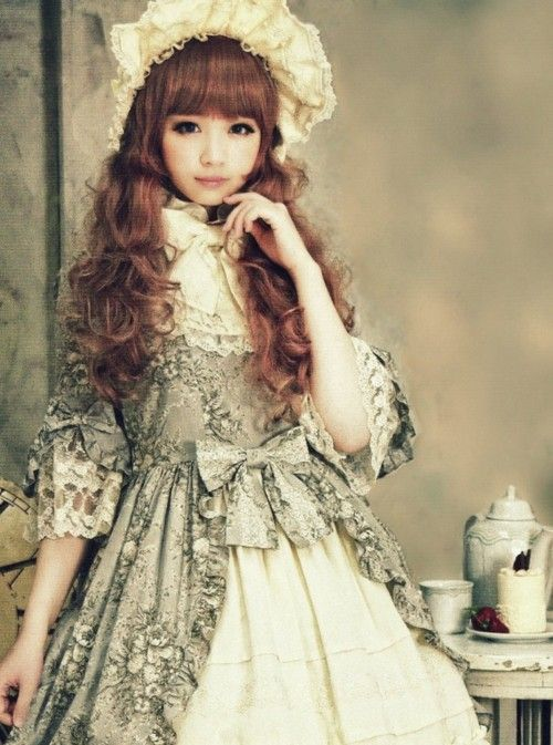 Can You Wear Lolita Dress on Halloween? This is the Best Answer I Have Read!