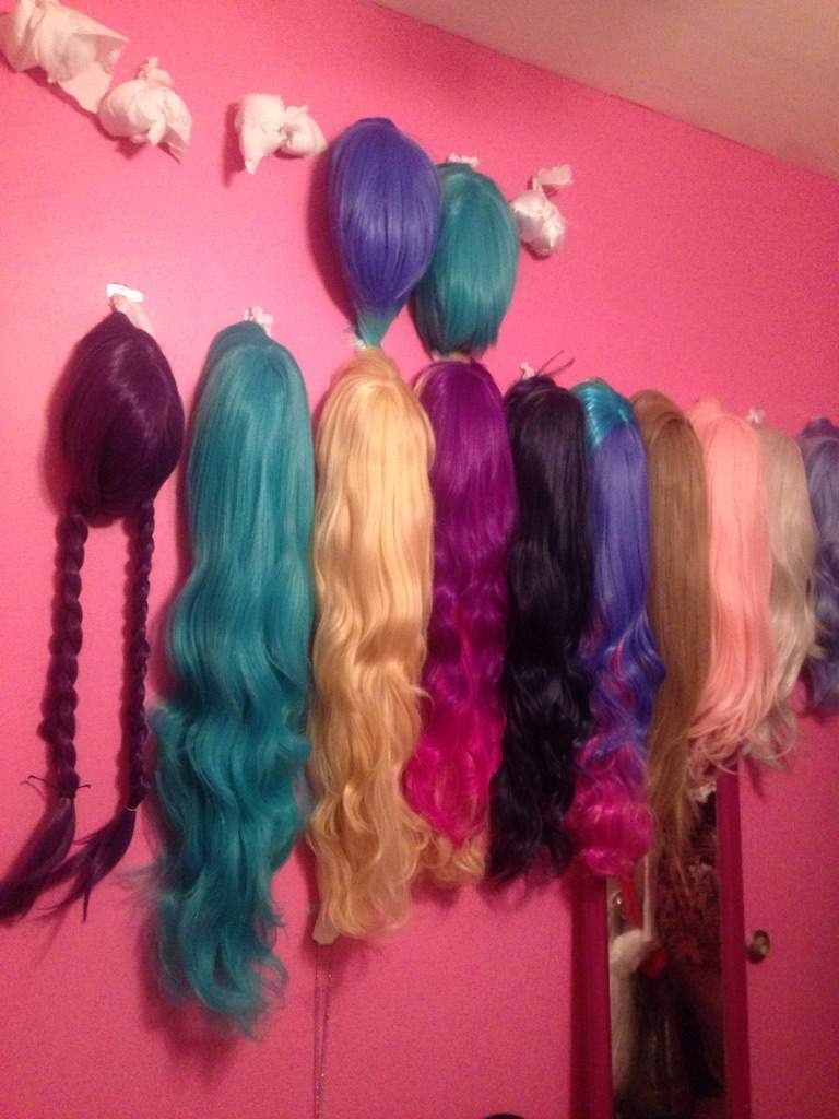 Make Your Own Wig Wall