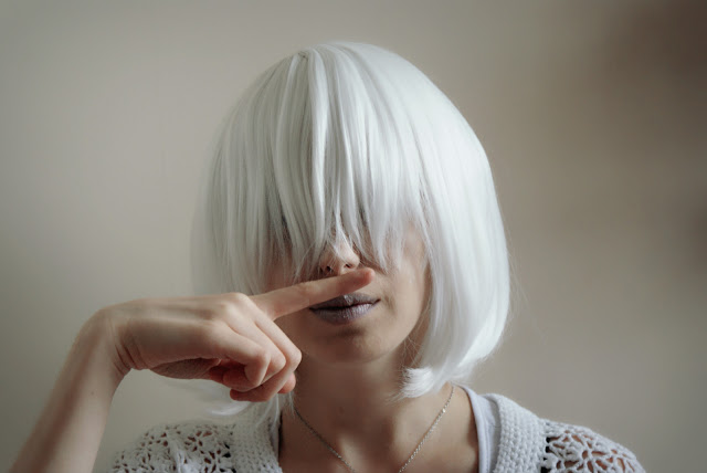 White bob Wig From L-email Wig