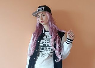 Purple and White Fashion Wig Review