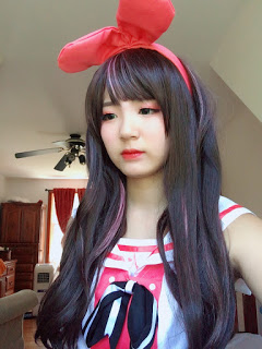 Kizuna Ai Costume and Wig Review