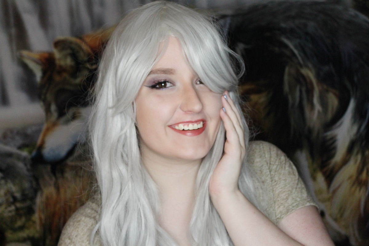 Review: L-email silver curly wigs