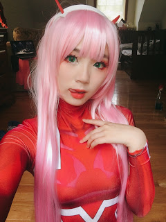 ZeroTwo Cosplay Costume and Wig review
